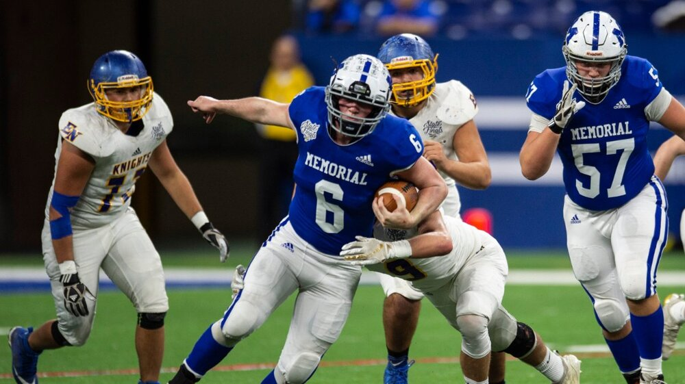 b80fac02-7dd8-4d6a-aff5-9ebda2382739-2019_1130_Indianapolis_the_Evansville_Memorial_vs_East_Noble_IHSAA_Class_4A_State_Championship_game_108_.jpg